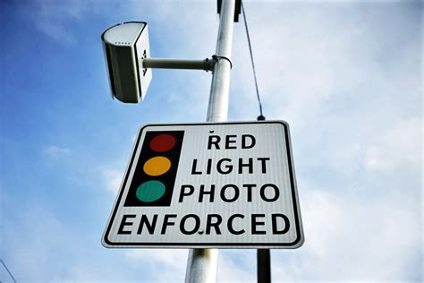 how to know if red light camera caught you wrongly timed beaverton light catches many drivers
