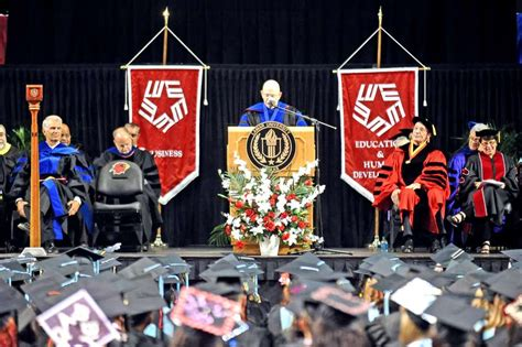 lamar university confers 1 172 degrees at summer commencement lamar s mba program listed in princeton review ranking