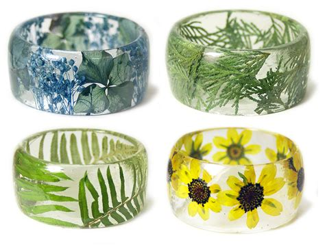 New Handmade Resin Bracelets Embedded With Flowers And