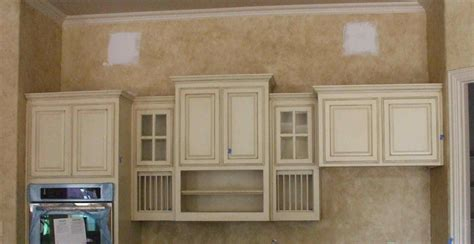 painting kitchen cabinets antique white glaze deductour