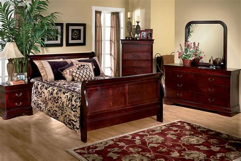 sleigh bedroom sets queen louis 5 piece queen bedroom set at gardner white