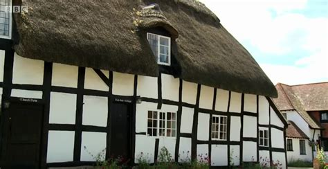 what makes a house a tudor what makes a house a tudor 28 images small dolls