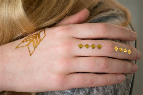 tattoo finger verlaufen styling f 252 r die festival season beautystories