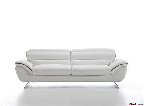 pelle per divani divano moderno con piedini in acciaio cruise vama divani