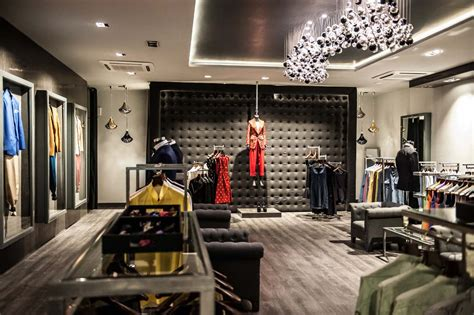 sans souci light fixturesin  fashion showroom  india