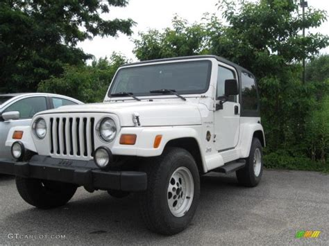 1998 jeep white 1998 white jeep wrangler 4x4 16579005