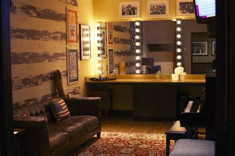 hollywood actress makeup room stage dressing room google search dressing room
