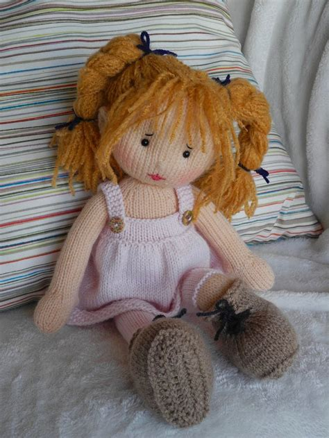knitted rag doll patterns 25 best ideas about knitted dolls on knitted