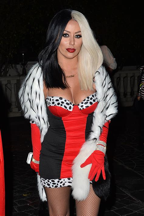celebrity halloween costume pics celebrity halloween costumes that might even be a little