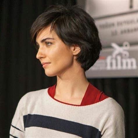 tuba buyukustun hairstyles   short hair styles