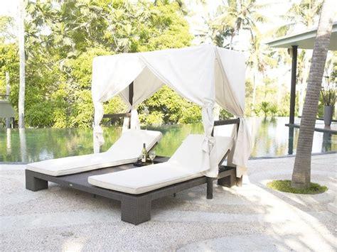 letto da giardino letti da esterno arredo giardino scegliere i letti da