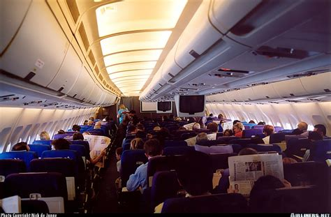 A310 Cabin by Airbus A310 324 Singapore Airlines Aviation Photo