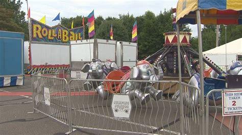 theme park companies amusement park company sets up rides after accident youtube