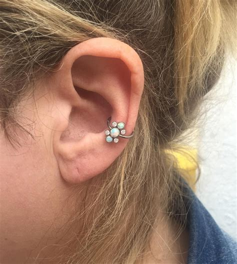Vanità Piercing - here s a healed conch piercing ciaron did a while back