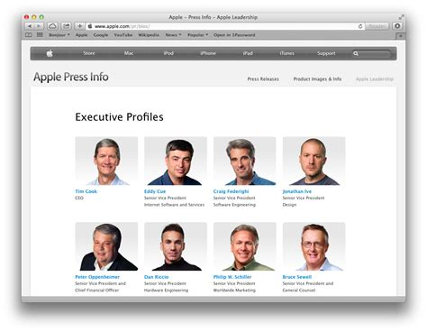 apple executives jony ive s brief removal from apple s leadership page