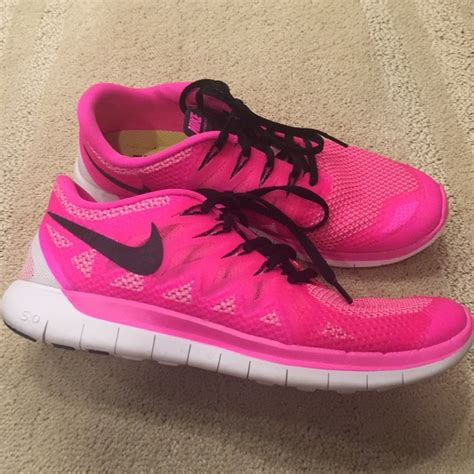 nike neon pink running shoes nike nike free 5 0 neon pink running sneakers shoes 9 5