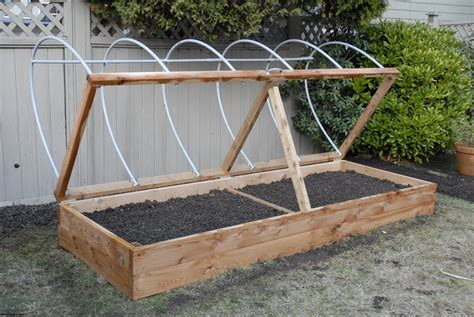 raised planter boxes ideas