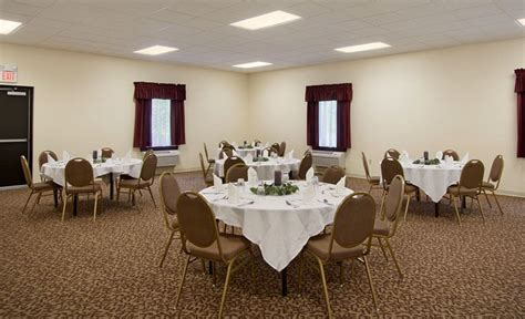 inn banquet room pennsylvania hotel photo gallery days inn donegal