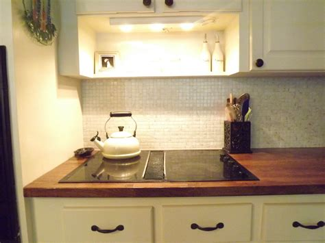 hometalk and easy tile backsplash
