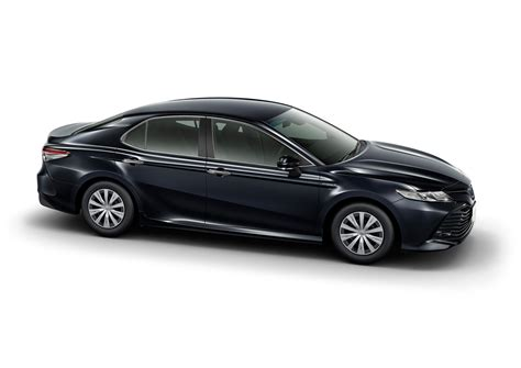 camry 2018 japan 2018 toyota camry debuts in japan hybrid only auto news