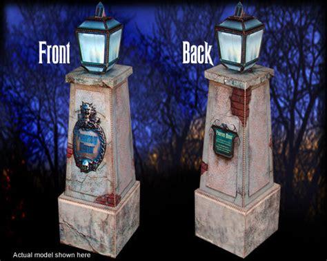 Blueprint Maker Free papercraft pillar from disneyland paris s phantom manor