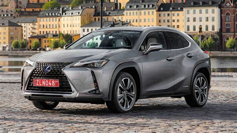 2019 lexus hatchback 2019 lexus ux250h drive nxing the ct