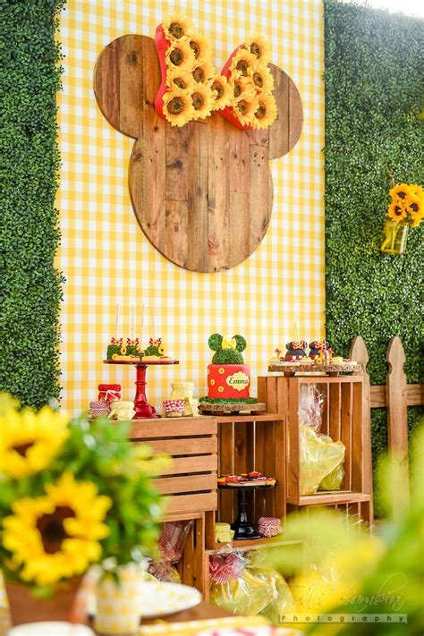 minnie mouse backyard party 17 best ideas about sunflower party on pinterest