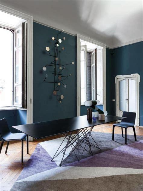 wohnzimmer petrol petrolfarbene wandfarbe bilder ideen couchstyle