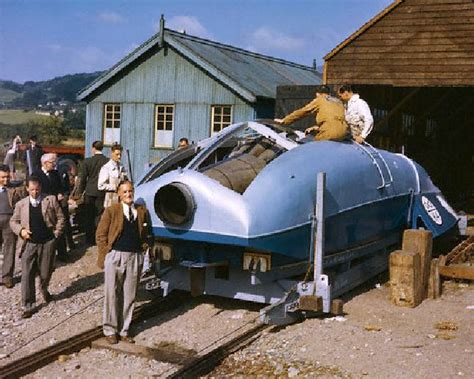electric boat part time jobs captain sir malcolm cbell and his bluebird land water