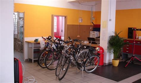 wohnzimmer werkstatt fahrradwerkstatt zum