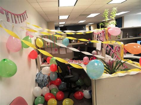 Birthday Decoration Ideas For Office Cubicles by Professionals Cubicle Decorating Ideas Trellischicago