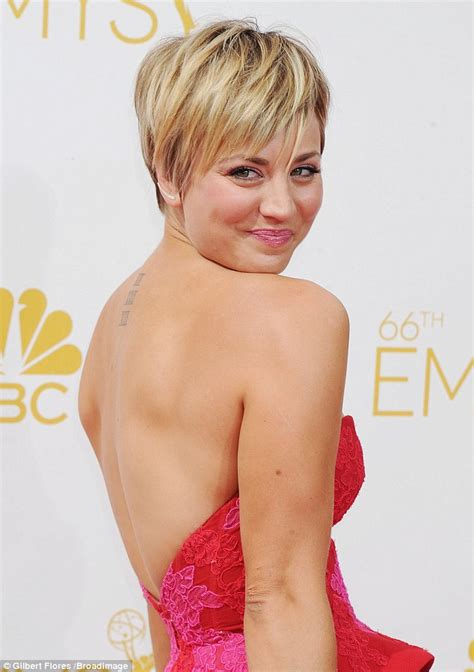 cuoco sweeting new haircut 2015 kaley cuoco s new summer kaley cuoco and ryan sweeting kiss their way down the