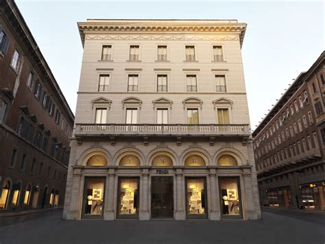italy luxury hotels the best stylish and luxury the world s 5 best luxury fashion hotels prestige