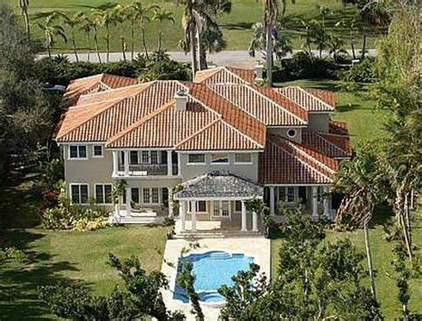 beyonce house beyonce s former florida home celebrity homes