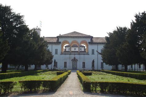 cesano maderno palazzo arese borromeo