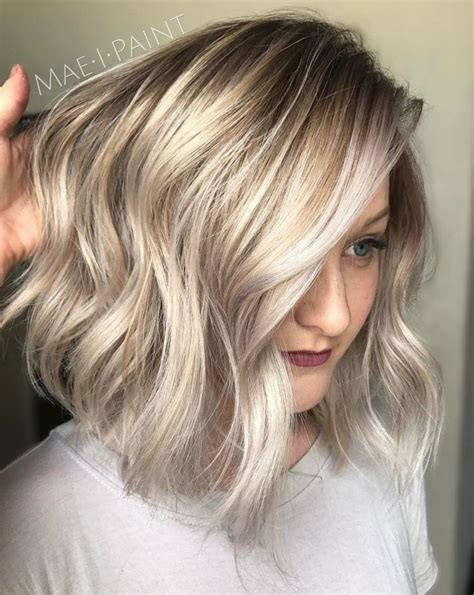 pictures of golden blonde hair highlights on blonde hair trendy hair highlights silver and golden blonde bob