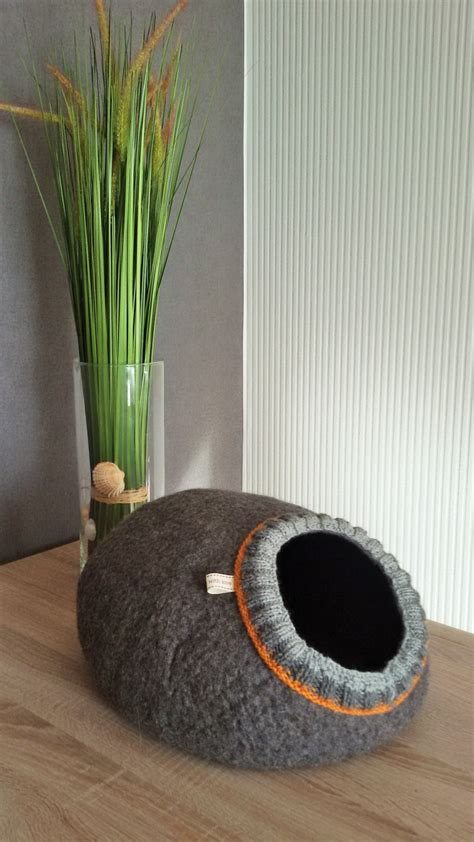 Handmade Cat Bed - pet bed cat cave cat house bed handmade wool cat