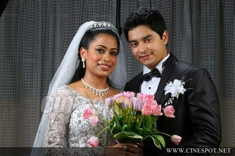 Wedding Album Of Alukkas by Alukkas Wedding Gallery