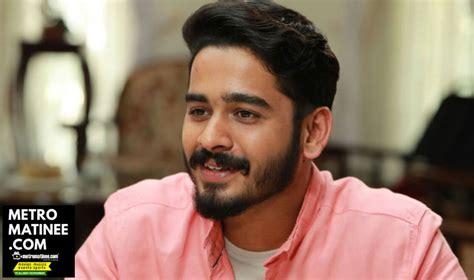 malayalam actor ganapathi and family ganapathi to make his debut as a hero with vallikudilile