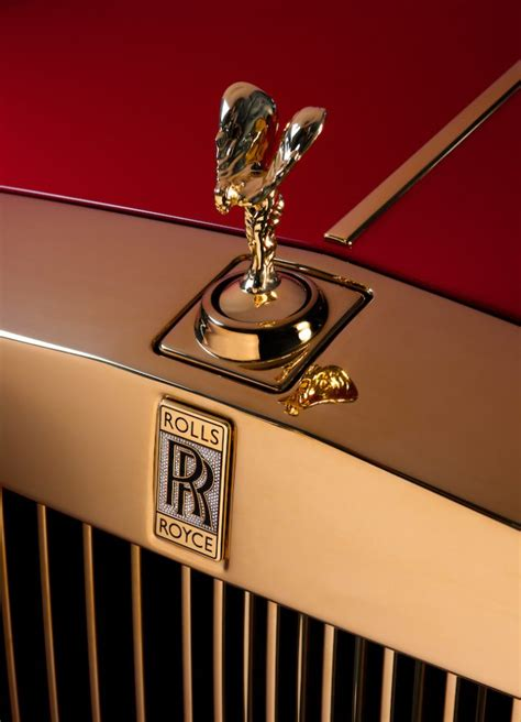 rolled royce rolled gold rolls royce makes two gold phantoms