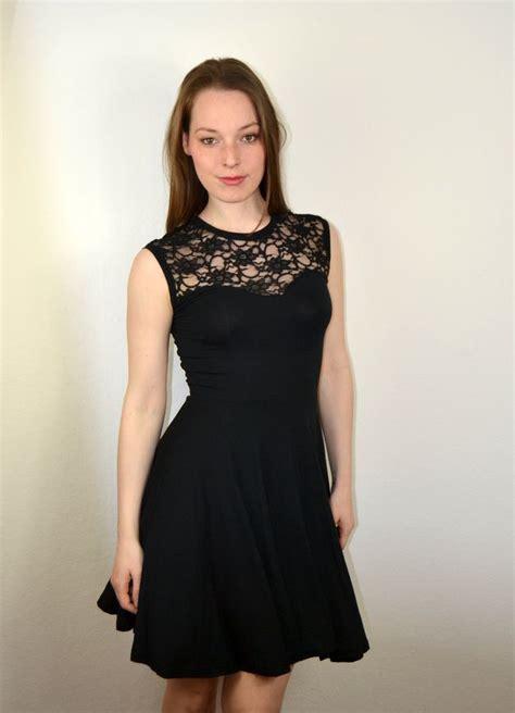 swing kleider berlin die besten 17 ideen zu konfirmationskleider schwarz auf
