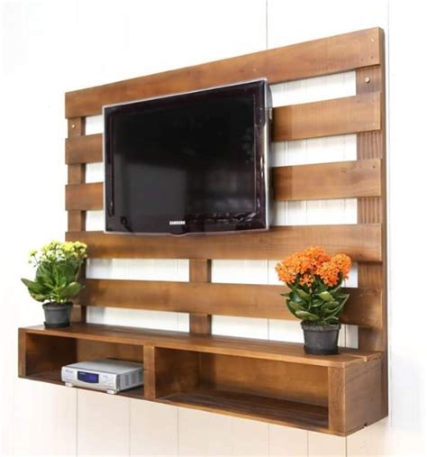 unique tv stands this is one of unique pallet ideas as it is a useful and