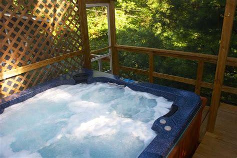 Pocono Cabin Rentals With Tubs by Poconos Rentals Kunkletown Pocono Vacation Cabin Rental