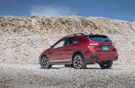 red subaru crosstrek subaru crosstrek 2 0i limited first test motor trend