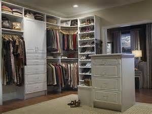 Closet Cabinets For Sale by How To Build Walk In Closet Cabinets Home Design Ideas