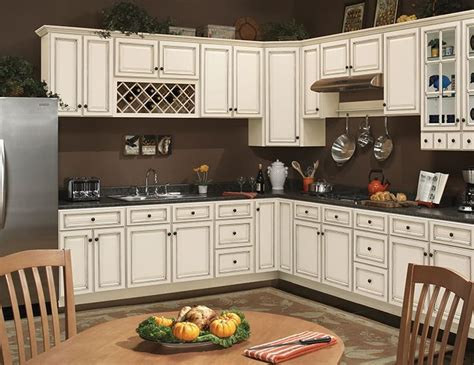 ivory white kitchen cabinets best 25 ivory kitchen cabinets ideas on pinterest