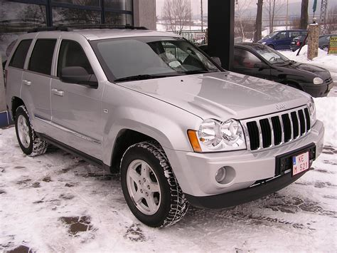 2005 jeep grand cherokee information and photos momentcar