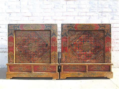 bunte nachttische mongolei tibet zwei bunte nachttische kommoden paar