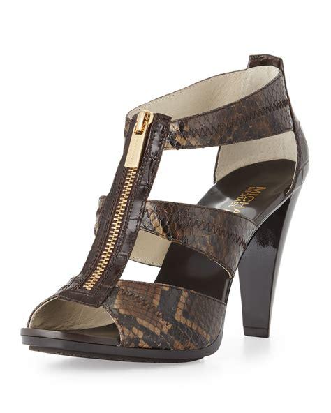 michael kors berkley t sandal michael michael kors berkley tstrap sandal in brown