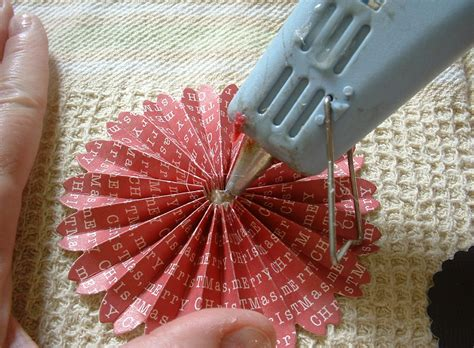 How To Make Paper Rosettes - penniwigs free graphics printables paper lore and